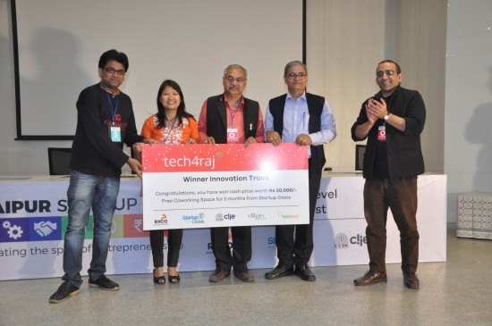 (Left to Right)The team of Khushi Baby receiving the first prize under the Innovation Category by Mr Anoop Mathur, DGM, RIICO; Chief General Manager, Mr Anil Sharma and COO, Startup Oasis, Mr Chintan Bakshi