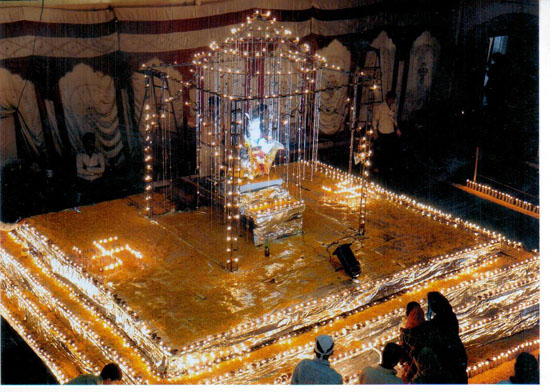 Sturuture of Jhulelal sahib made by lamps in year 2010