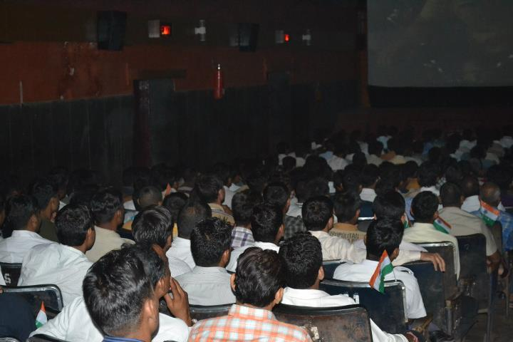 Special screening of Singham | UdaipurBlog