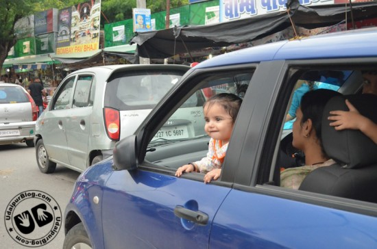 Sweet Girl enjoying Fatehsagar