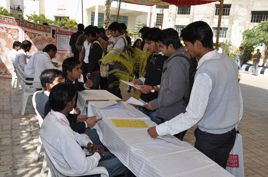 Job Fair | UdaipurBlog