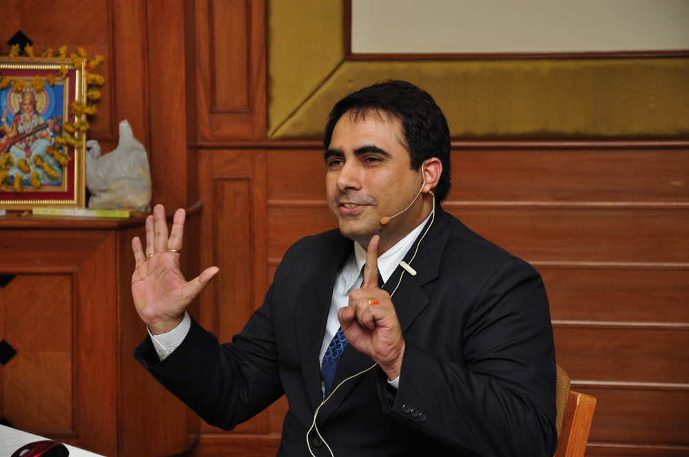 Dr. Arvinder Singh