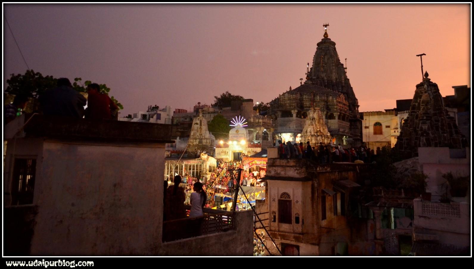 Matki_Fod_Dahi_Haandi_Udaipur_Janmashtmi_2012