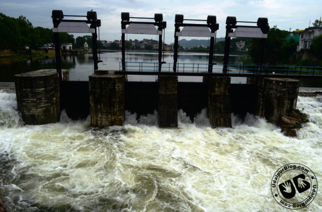 Lake Swaroopsagar/ Lake Pichola Overflowing 2012
