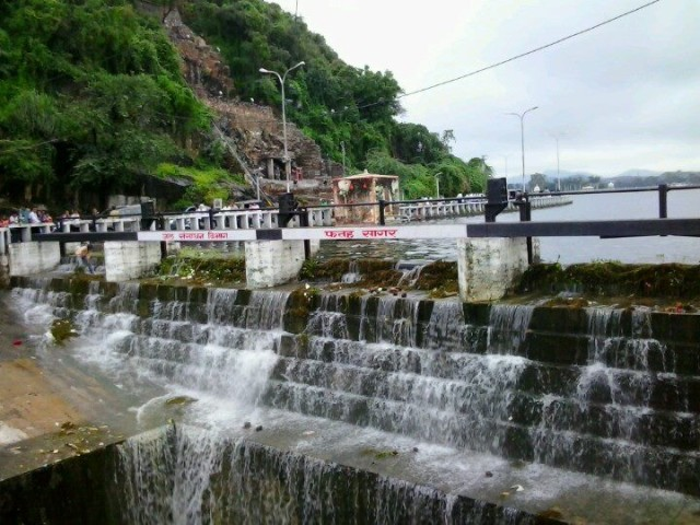 Fatehsagar Dursing Day time Sept 12, 2012 by Yash Sharma
