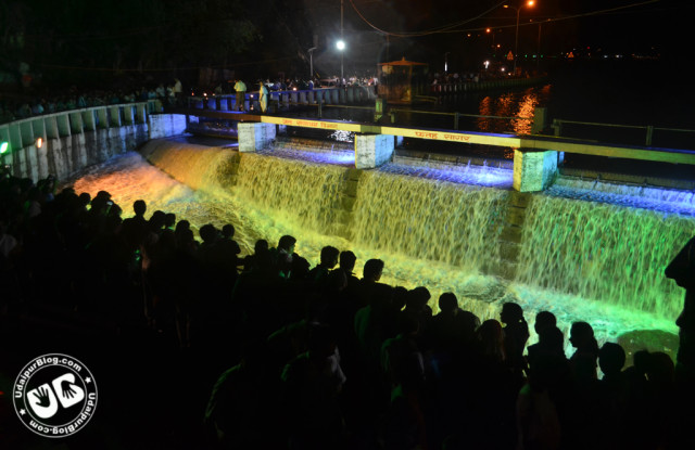 Fatehsagar overflow best photo 2012