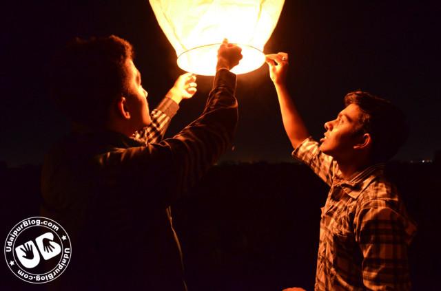 Sky lanterns celebration in udaipur