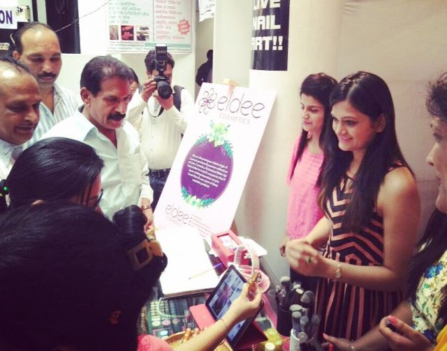 showcasing to mayor event eldee cosmetics