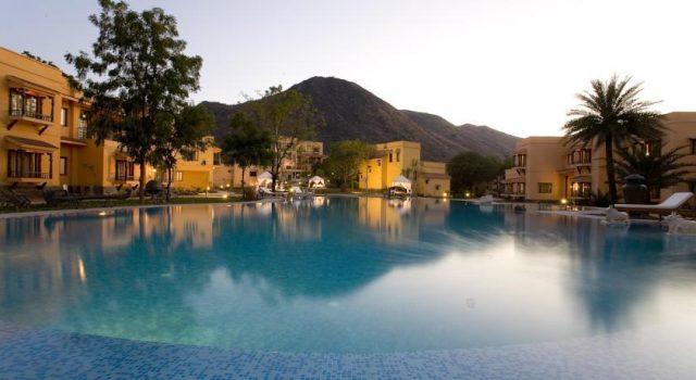 the-royal-retreat-resort