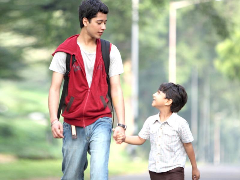 Watch Udaan Watch Movies Online Free - YouTube