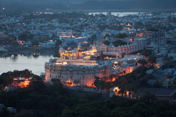 Perks of having a wedding at Udaipur? See what experts have to say about this