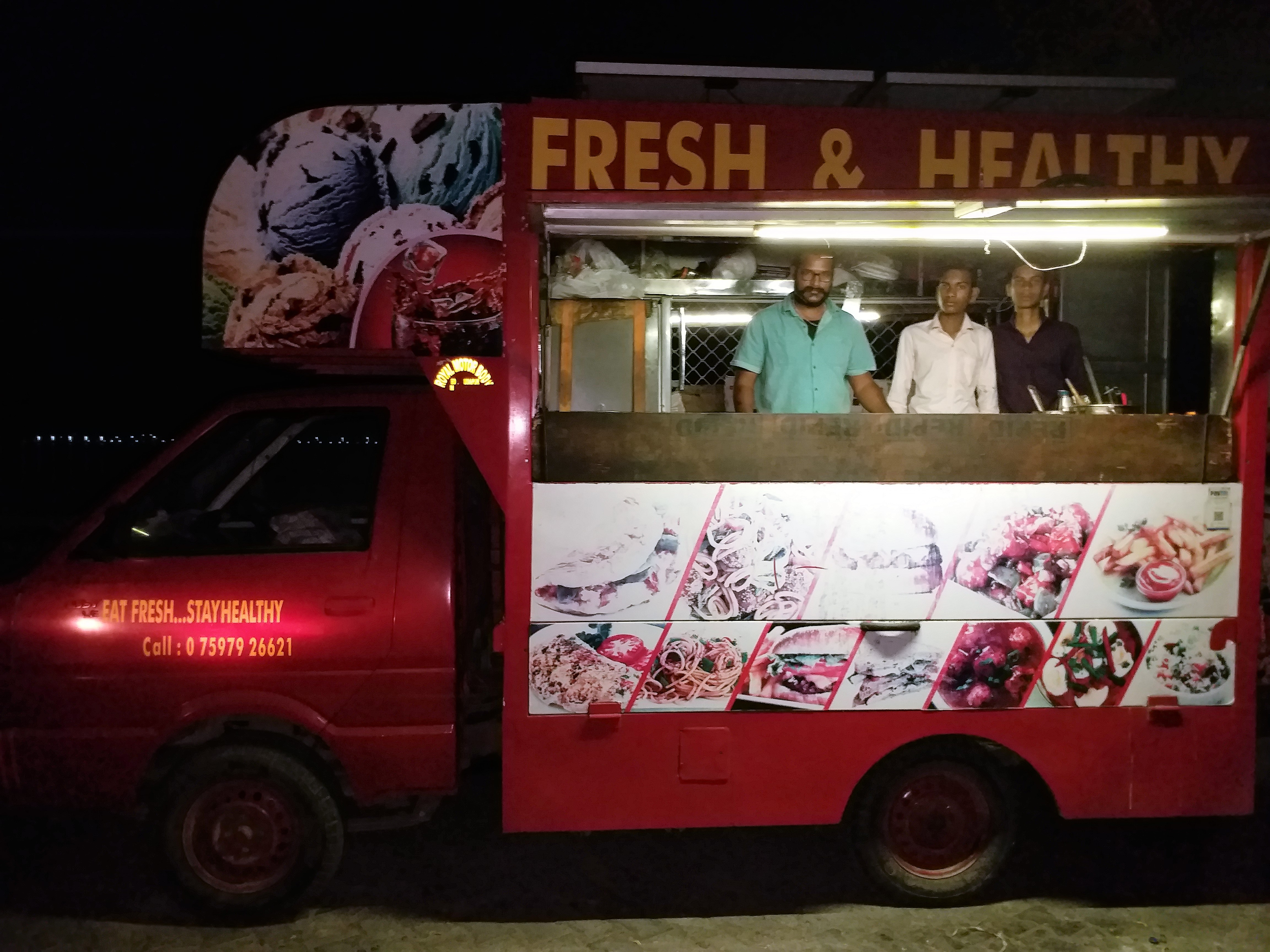 Getting along with the food truck fad - Here's a list of Udaipur's food trucks