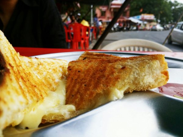 Cheese lovers! Here are all the places in Udaipur to go for ultimate Cheese food items