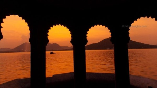 You are a true back bencher if you have bunked at these places in Udaipur
