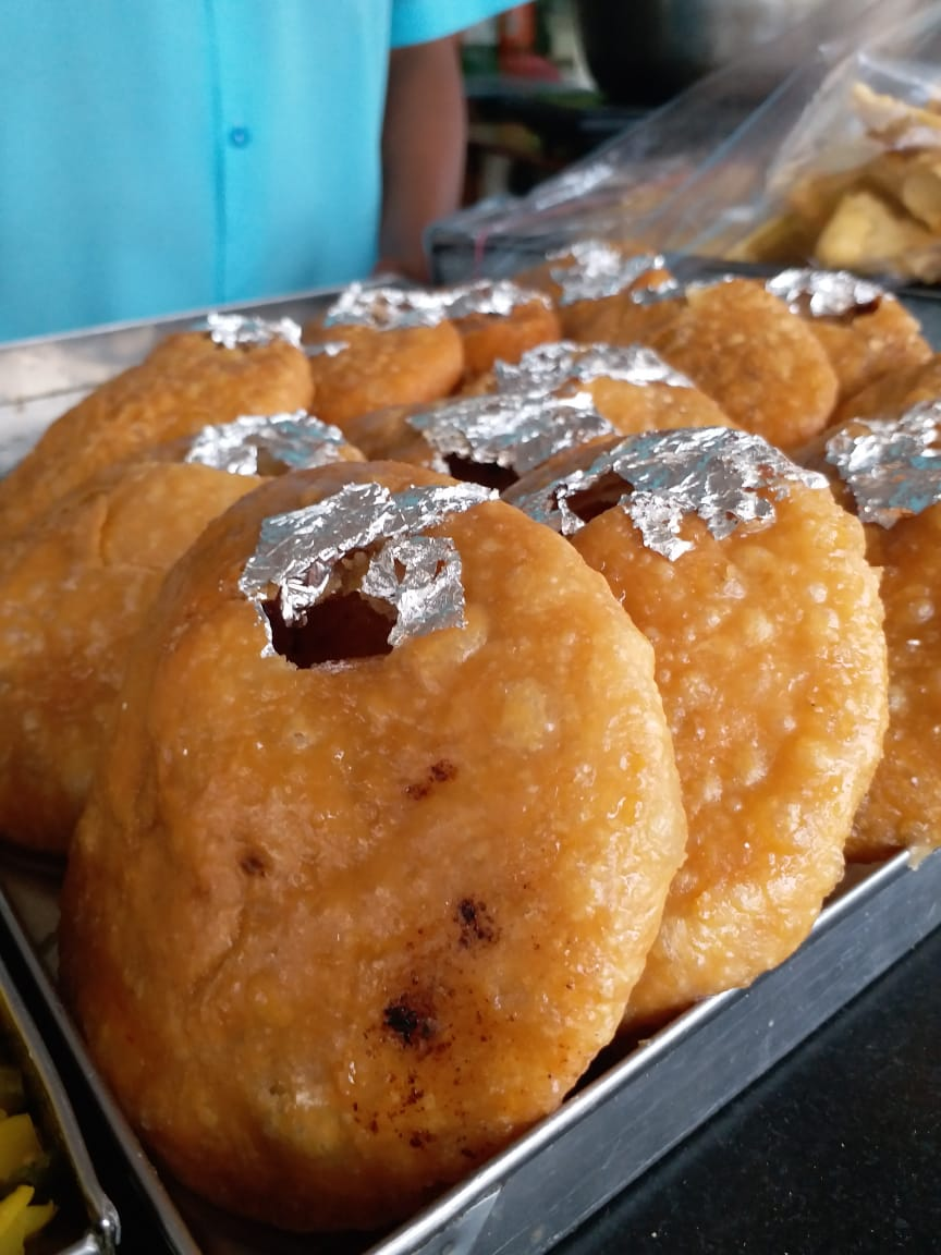 Here's where you can get the best samosa, kachoris in Udaipur